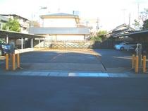 駐車場(無料)当館後方