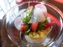 スペシャル料理:サラダ