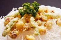 日月館三大名物料理①たこの天ぷら