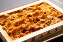 日月館三大名物料理②由良産のウニ