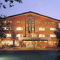菅平スキー場のゲレンデ目の前「菅平サンホテル」