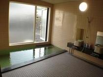 温泉は24時間入浴可能