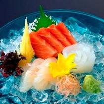 お刺身/魚介類は新鮮なものを厳選しております。