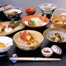 お夕食一例/地元の季節の食材を使い、素材本来の味を大事にやさしく味付け。