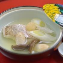 *お夕食一例/鉢肴。玉庭の伝統の味に料理長の心意気が光る出来たてのお料理の数々。
