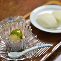 *お夕食一例/目でも愉しみ、季節を感じいただけるデザートをご用意致します。