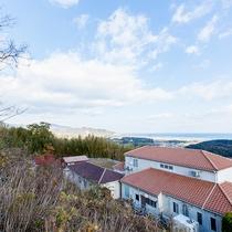 【外観】淡路島を一望できる高台にございます。