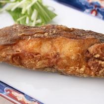 *【夕食一例】ナメタカレイの唐揚げ