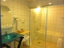 【ビーチリゾートモリマー】浴室