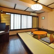■和室(客室一例)/畳の香りがほのかに薫るお部屋でのんびりとお寛ぎ下さい。