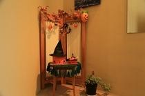ハロウィンの館内飾り