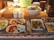 庄内産の新鮮野菜をふんだんに使ったお料理が盛りだくさん!