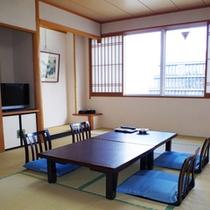 *【和室12畳:街側】ゆったり畳で寛げる和室タイプ。