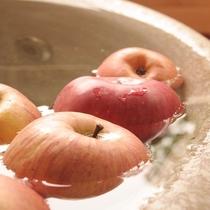 ■時期によっては客室専用露天風呂でりんご風呂をお愉しみいただけます♪