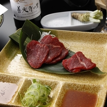 ■新鮮な馬刺しは信州ならでは!別注料理でもお召し上がりいただけます
