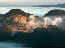 摩周湖第三展望台から見た硫黄山