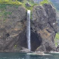 ◆知床半島カシュニの滝