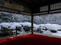 雪の日の詩仙堂