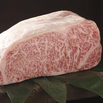 【こだわり食材】厳しい基準をクリアした飛騨牛の中でも、さらに厳選したものだけを使用しています。