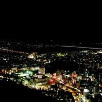 眉山(夜景)