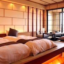 【露天付洋風和室】和モダンなつくりの温泉露天風呂付の客室です。