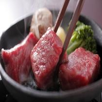 【豊浜の人気】日本の誇るブランド牛「松坂牛」。当館は名店「朝日屋」より仕入れています