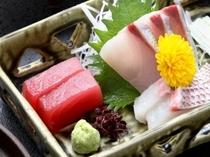【御造り】鯛・かんぱち・鮪