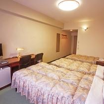 【トリプル客室一例】少人数のグループ・ご家族でのお泊りに