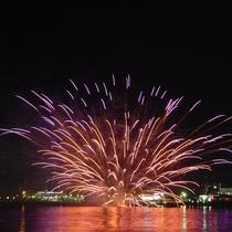 鹿児島市街地の夜景や花火を楽しめる洋上ビアガーデン
