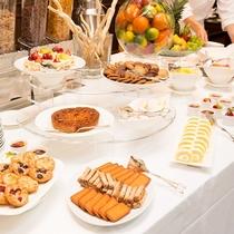 朝食のデザートも種類豊富!
