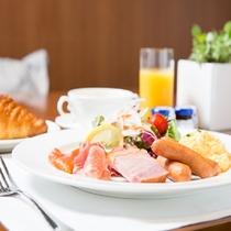 ご朝食は、アメリカンブレックファーストで特別な1日を