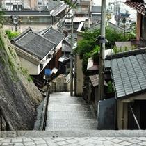 【千光寺新道】尾道郵便局から千光寺へ向かう坂道は「千光寺新道」と呼ばれています。