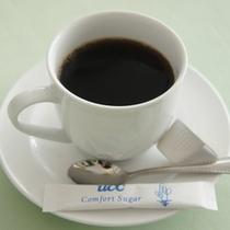 朝食のコーヒーと紅茶はセルフサービスでお好きなだけお代わりできます!