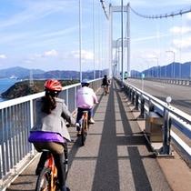 【しまなみ海道】この絶景を楽しむため、国内外から多くのサイクリストが訪れています。