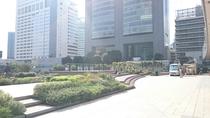 新宿新南口広場