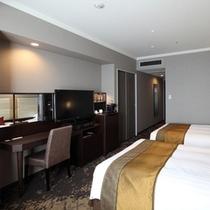 広さ30平米、幅120cmのベッドが2台入っているエクセルツイン