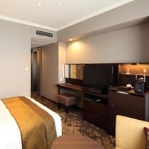 広さ20平米、幅140cmのベッドをご用意しているエクセルシングル。