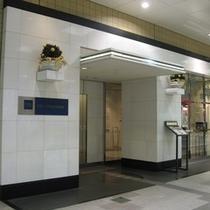 渋谷マークシティの1階にあるホテルエントランス