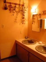 2階のトイレ・洗面所