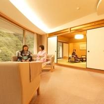 【特別室◇蘭亭 黒部渓谷川側】広びろ居間付和室10畳+6畳