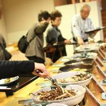 ≪朝食バイキング≫富山地産郷土料理、地元の食材を生かした朝食バイキング