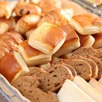 ■朝食(神戸パン)エアラインで提供されるオリエンタルベーカリー!