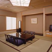 和室(12畳/5階) ※館内唯一の和室。バス・トイレはセパレート!