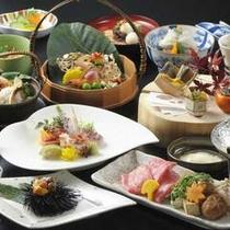 【秋】日本料理 富貴野では、四季折々の季節感溢れる懐石メニューをご用意しております。
