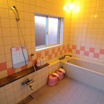 *ログハウスCタイプ/専用露天風呂&内風呂を皆様でお楽しみ下さい♪