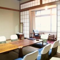 【お部屋】街側 二間続き和室(20畳)/大人数でのご宿泊におすすめ!