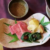 お料理の一例 ※肉料理