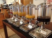 朝食ブッフェ ジュース
