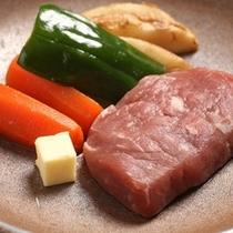 牛陶板ステーキ