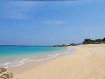 ヨナマビーチのなぎさ